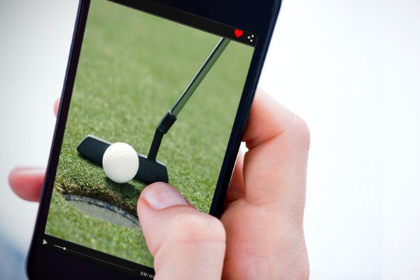 El golf acepta el uso de celulares en los torneos 2