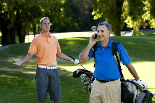 El golf acepta el uso de celulares en los torneos 3
