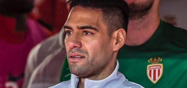El delantero de la Selección no desaprovecha ninguna oportunidad de poder alentar a los demás deportistas colombianos en los diferentes deportes.