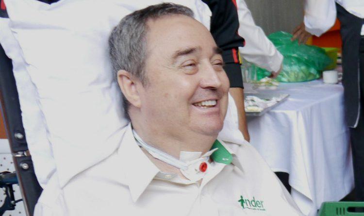El 'Profe Montoya' fue hospitalizado a causa de una afección pulmonar