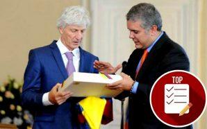 Pékerman recibió el Pabellón Nacional y se emocionó tanto que…