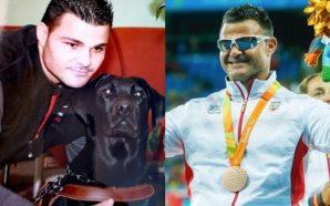 Medallista paralímpico despide a su perro guía de 15 años,…