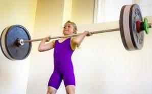 La increíble historia de la niña pesista de 7 años…